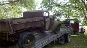 Light and heavyweight wreckers, lowboy, and tilt trailers available.